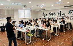 张弛有度促成长  南京企业服务月走进火炬孵化J6软件园